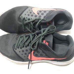Zapatos 7 Nike Downshifter 7 Zapatos Mujeres Running Athletic Poshmark 13821f